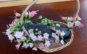『パンの花(さくら)』(約30㎝×30㎝×高さ20㎝)視覚障害当事者が制作