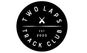 TWOLAPSメンバーサイン入りシューズで応援!