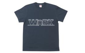 コマを図案化したモチーフのTシャツを差し上げます。