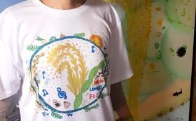 15年目を記念する棚田の書籍1冊と棚田フェスオリジナルTシャツ(再生ペットボトル使用)