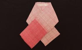 IKTTで織り上げられたシルクのクロマースカーフ