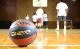 上記の商品すべて&オリジナルバスケットボール&選手と一緒に練習コース