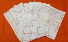 手縫いの古典柄や季節の柄のふきんと、手作り小物のセット