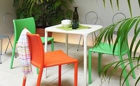 ふくやま病院図書コーナーのテーブル(椅子は含みません)