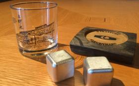【限定100名】⑤能作×若鶴 錫製ウイスキーキューブ+三郎丸蒸留所グラス&樽材コースター
