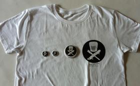 ¥3,000のリターン+オリジナルTシャツ、バッジセット