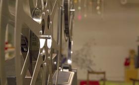 16ミリフィルムの上映会、出張「名画座カフェ」に伺います!