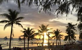 〜フィリピン現地の障がい者活動紹介&秘境美しいビーチへのツアー付きコース〜