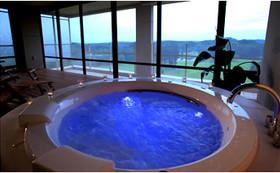 那須高原のホテルから限定日スイートペアご宿泊券(2食付き)と体験チケット