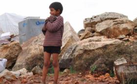 シリアの難民キャンプに学校を建設することを応援するコース