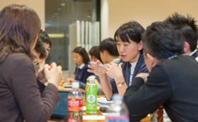 【体験コース】「kaigoカフェ」を体験しよう|テキスト+ファシリテーター講座受講無料