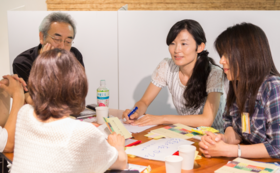 【体験コース】「kaigoカフェ」を体験しよう|テキスト+ファシリテーター講座受講無料(ペア)