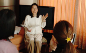 【ママ友とご一緒に!】幸せ親子セミナー(5組まで)開催権+絵本2種×各5冊+ライブチケット10枚