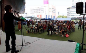 【応援ありがとう】手話シンガー・安藤一成があなたの主催するイベントへ!手話歌ソングを2曲唄います。