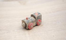 被災地が届く:木の車両