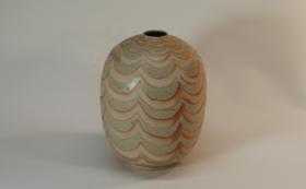【限定1個|陶芸家ゲルト・クナッパー本人制作作品】灰釉波紋繭形花瓶