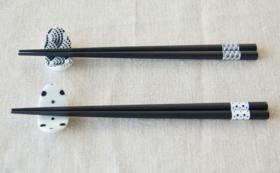 青海波・豆絞り柄のお箸と箸置きのセット