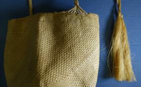 バヌアツ共和国フツナ島のアダンバスケットセット