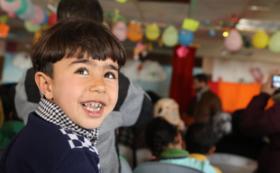 ★全額がシリア難民キャンプの授業運営に使われます