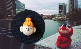 旅するあみぐるみ(パリ編)の写真本+ブッダ(仏陀)くんのブローチをお贈りします!
