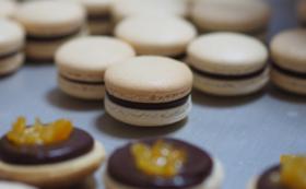【お菓子の詰め合わせ開店応援コース】新作マカロンとお菓子のスペシャル詰め合わせ