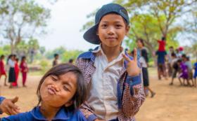 カンボジアの小学校にあなたのお名前を残させていただきます!!