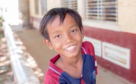 カンボジアの小学校の1日校長先生になってもらえます!!