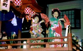【井波の踊り屋体復活サポーター】写真撮影&木彫品付き!