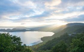 十和田湖&周辺案内フルアテンド(2名、2泊3日宿泊付き)コース