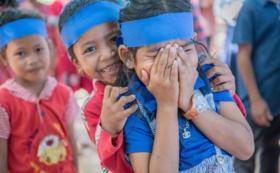 【子どもの笑顔のために!】写真入りカレンダー+子どもたちからのビデオメッセージ