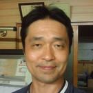 鎌田 芳久